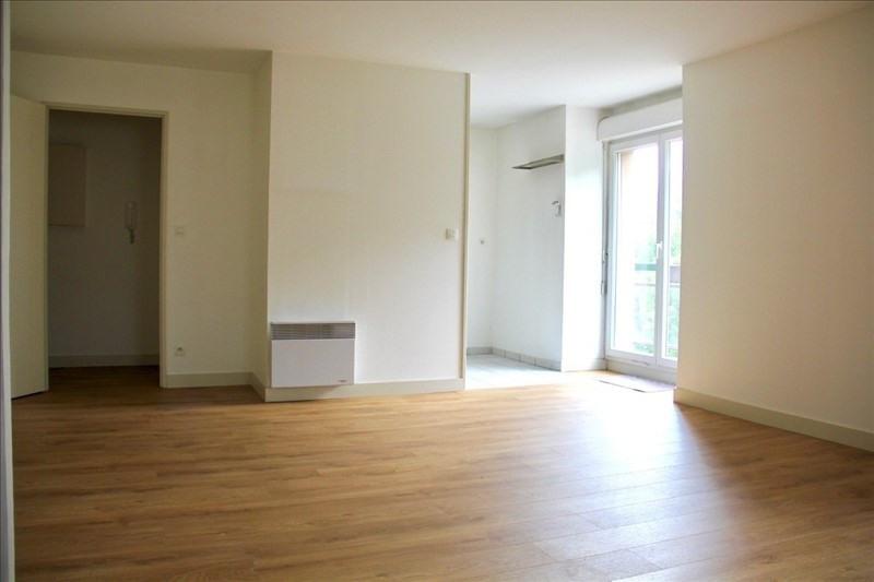 Location appartement Senlis 890€ CC - Photo 2