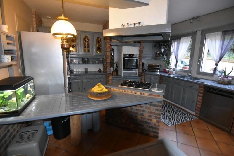 Sale house / villa Neuilly en thelle 274000€ - Picture 2