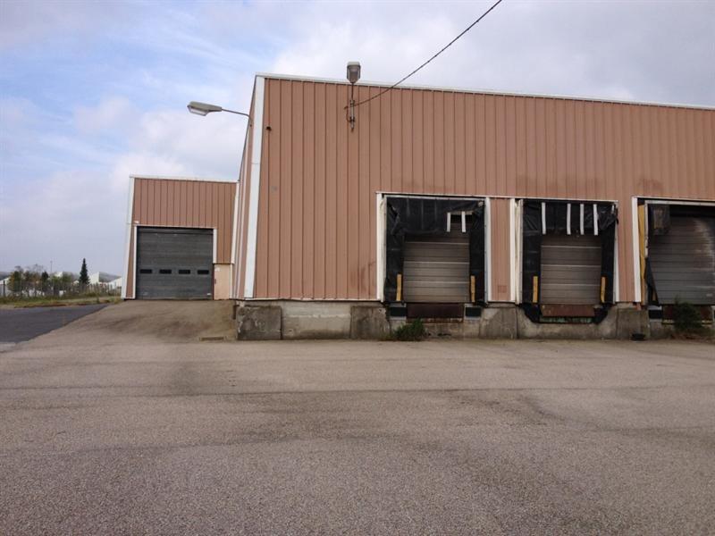 Location Local d'activités / Entrepôt Saint-Léonard 0