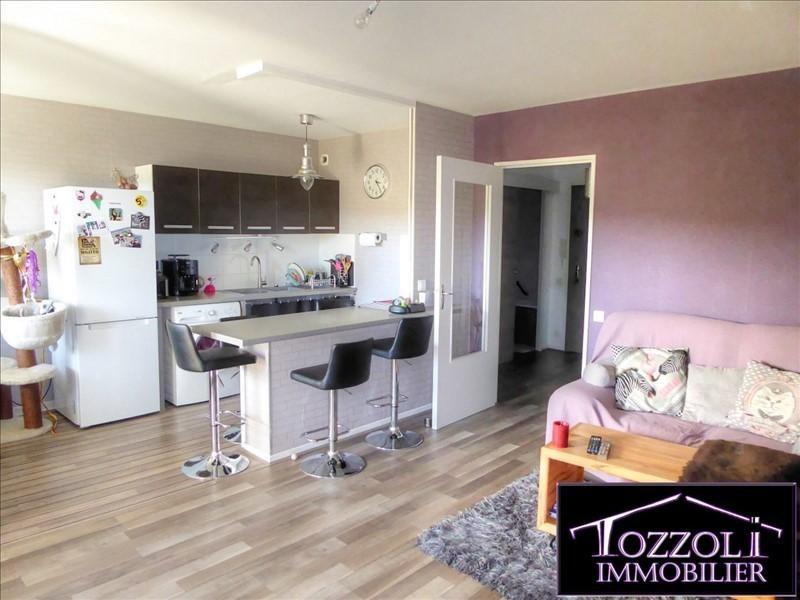 Sale apartment Villefontaine 104000€ - Picture 2