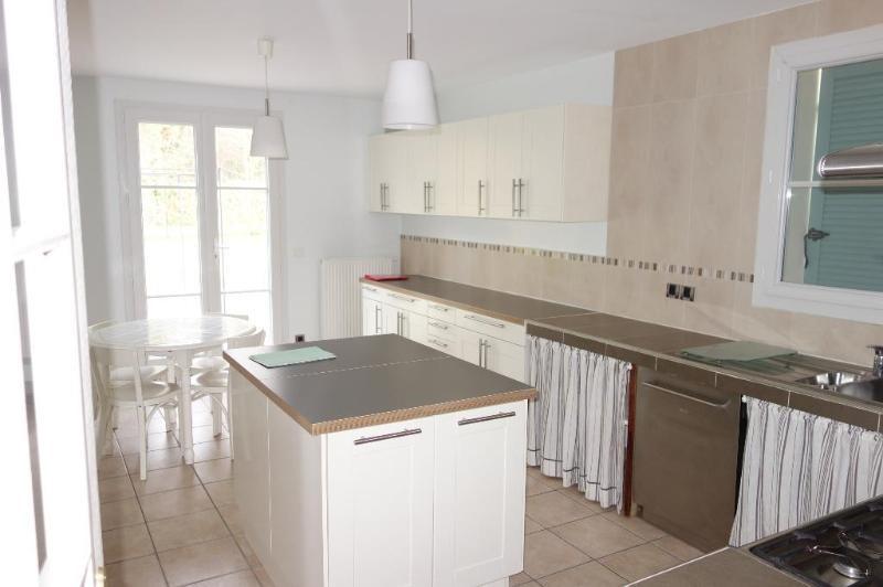 Location maison / villa Magny-le-hongre 2400€ CC - Photo 3