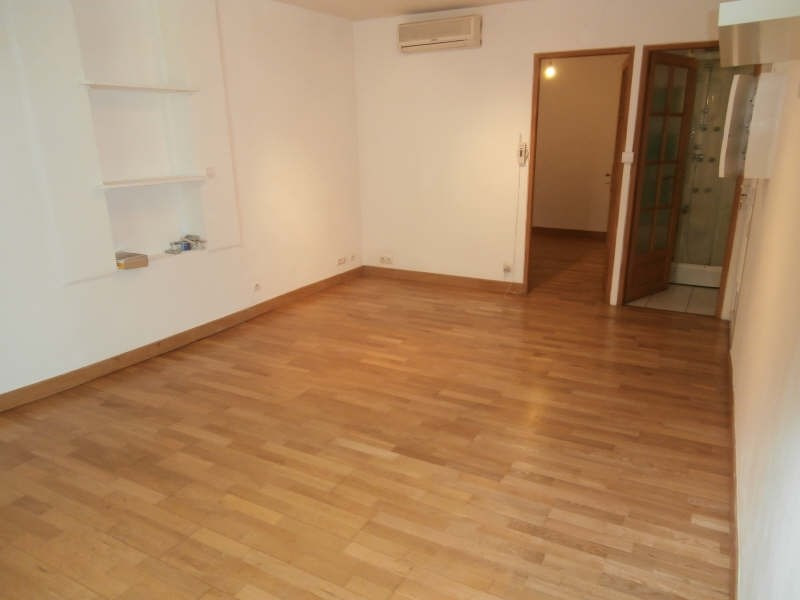 Location appartement St chamas 464€ CC - Photo 3