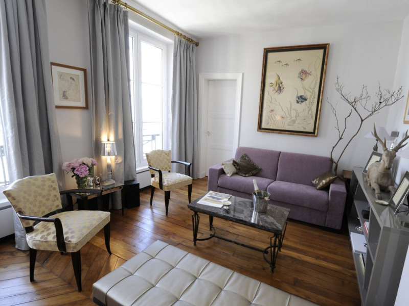 Deluxe sale apartment Paris 1er 940 000€ - Picture 1