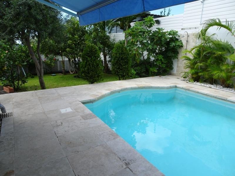 Deluxe sale house / villa La possession 570000€ - Picture 6