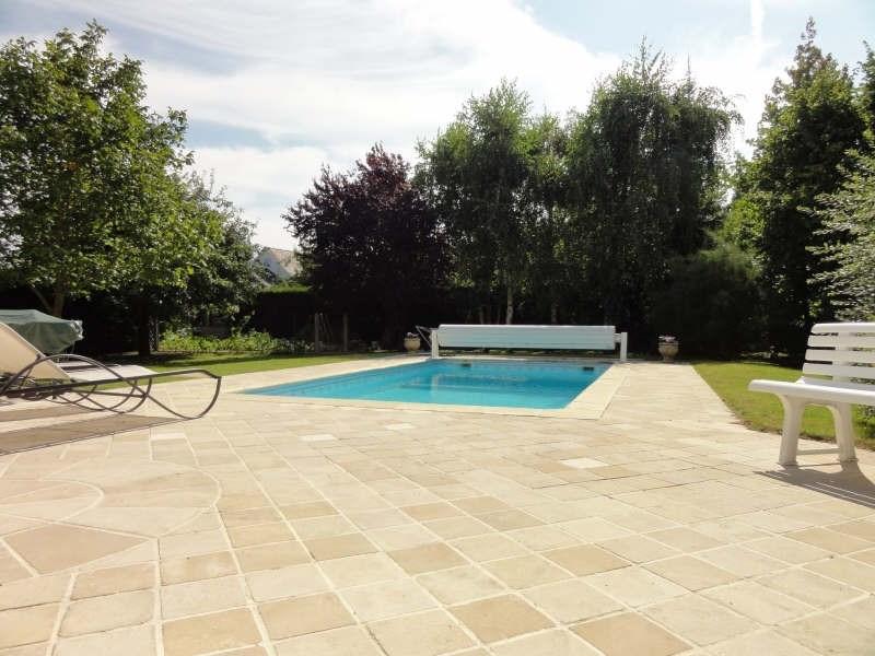 Deluxe sale house / villa Montfort l amaury 750000€ - Picture 2