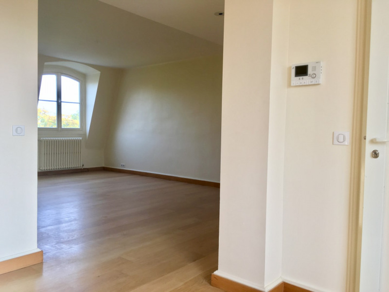 Rental apartment Paris 8ème 7 910€ CC - Picture 5
