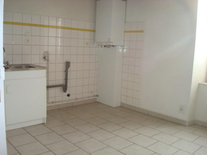 Location appartement Lalevade-d'ardèche 530€ CC - Photo 3