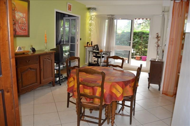 Vendita appartamento Chatou 330000€ - Fotografia 1