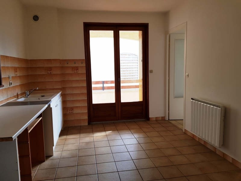 Rental apartment Le peage de roussillon 646€ CC - Picture 3