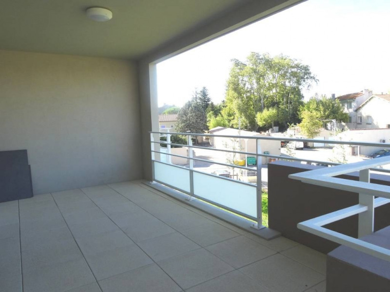 Rental apartment Montfavet 925€ CC - Picture 3