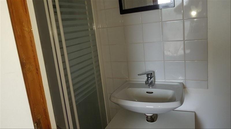Location maison / villa Creteil 765€ CC - Photo 3