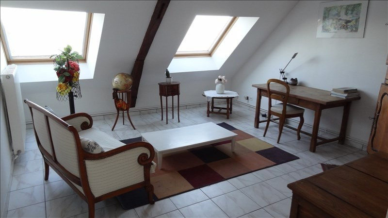 Location appartement St quentin 414€ CC - Photo 1