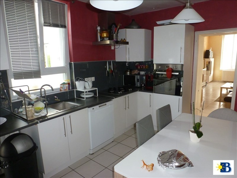 Vente maison / villa Chatellerault 212000€ - Photo 2