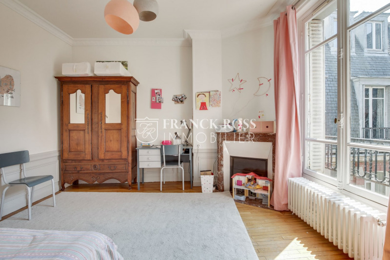 Location appartement Paris 17ème 5 500€ CC - Photo 13