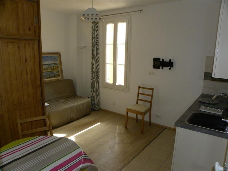 Location vacances appartement Bandol 180€ - Photo 3