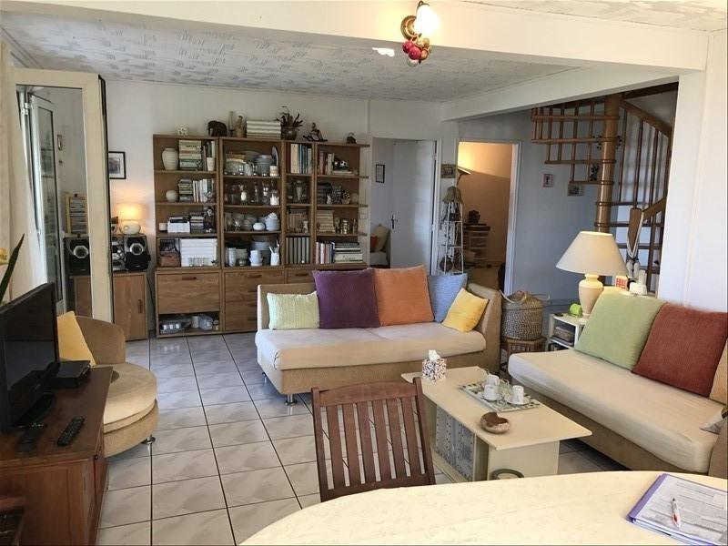Sale house / villa La riviere 240000€ - Picture 2