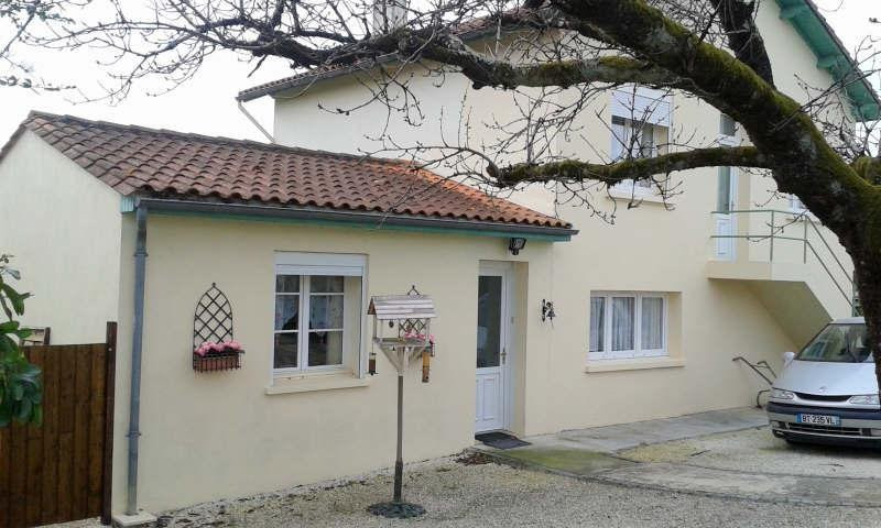 Vente maison / villa Mansle 133 000€ - Photo 1