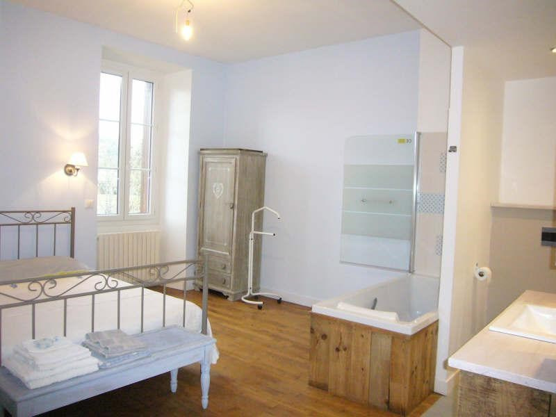 Sale house / villa Agonac 316900€ - Picture 4