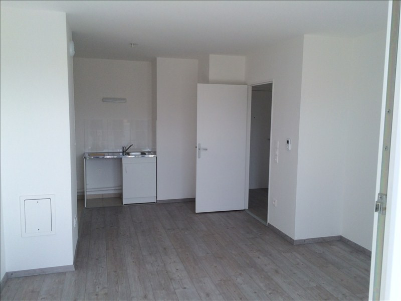 Rental apartment Juvisy sur orge 749€ CC - Picture 2