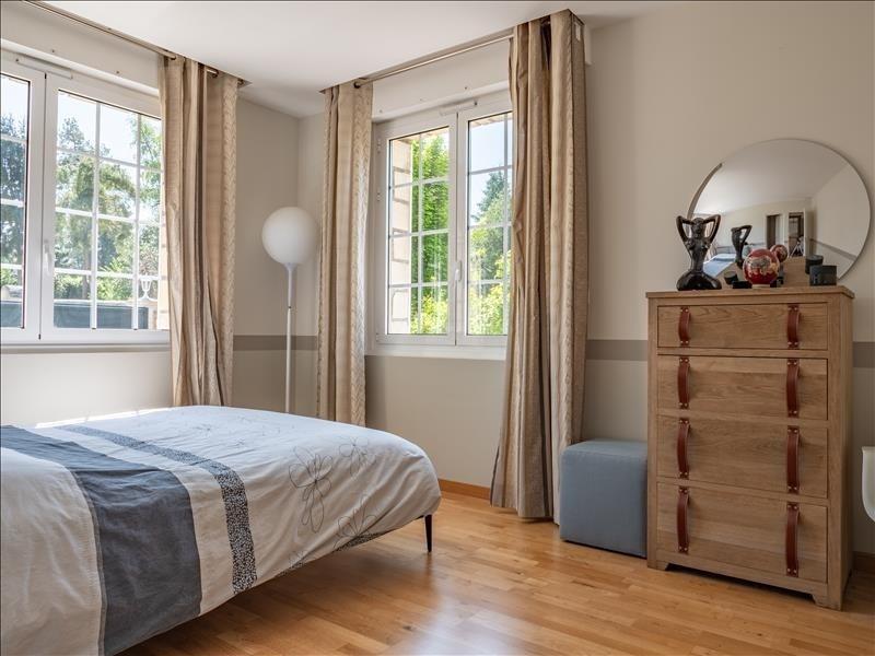 Sale house / villa St nom la breteche 990000€ - Picture 9