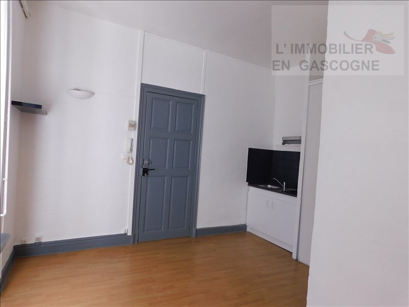 Locação apartamento Auch 343€ CC - Fotografia 2