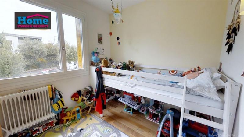 Sale apartment Suresnes 556000€ - Picture 4