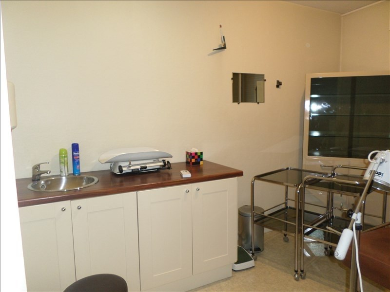 Sale apartment Oyonnax 70000€ - Picture 2