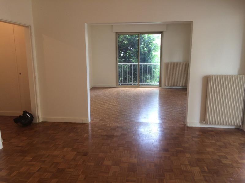 Rental apartment Neuilly-sur-seine 3500€ CC - Picture 1