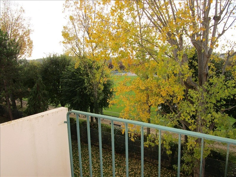 Sale apartment Le pecq 230 000€ - Picture 2