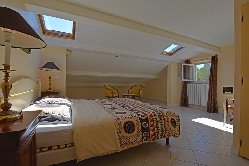 Revenda residencial de prestígio casa Tourrettes 895000€ - Fotografia 36