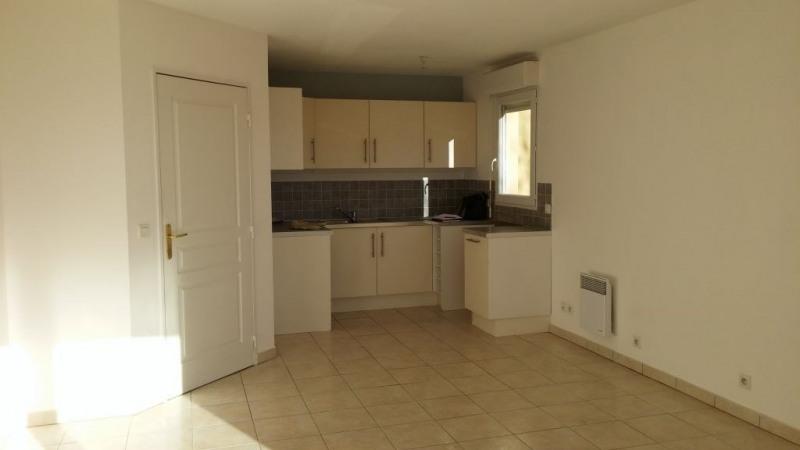 Location appartement Nice 935€ CC - Photo 1
