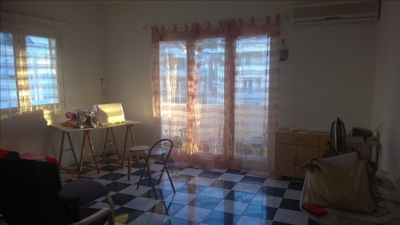 Investment property apartment St denis 109 000€ - Picture 1
