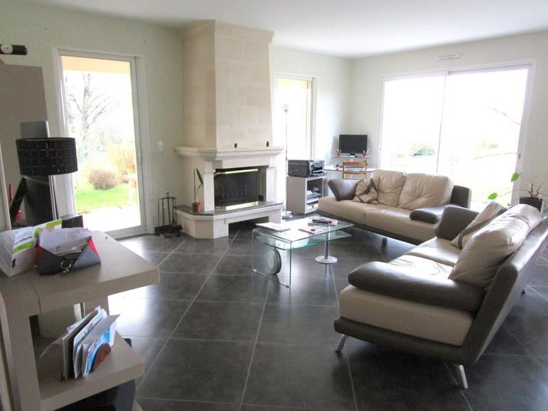 Sale house / villa Villefranche de lonchat 470000€ - Picture 5