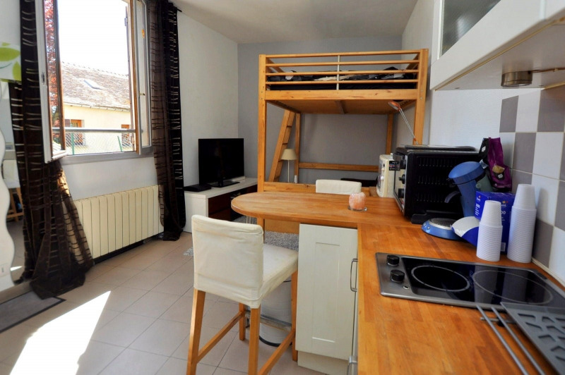 Sale apartment St cheron 89 000€ - Picture 3
