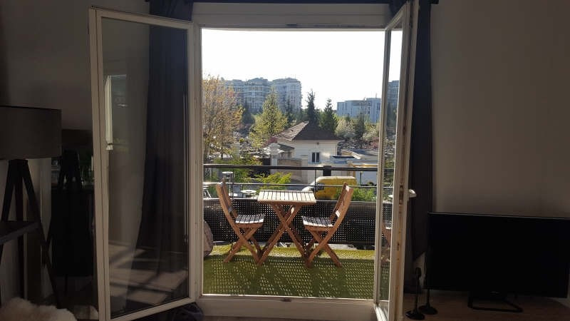 Sale apartment Courbevoie 384 000€ - Picture 4