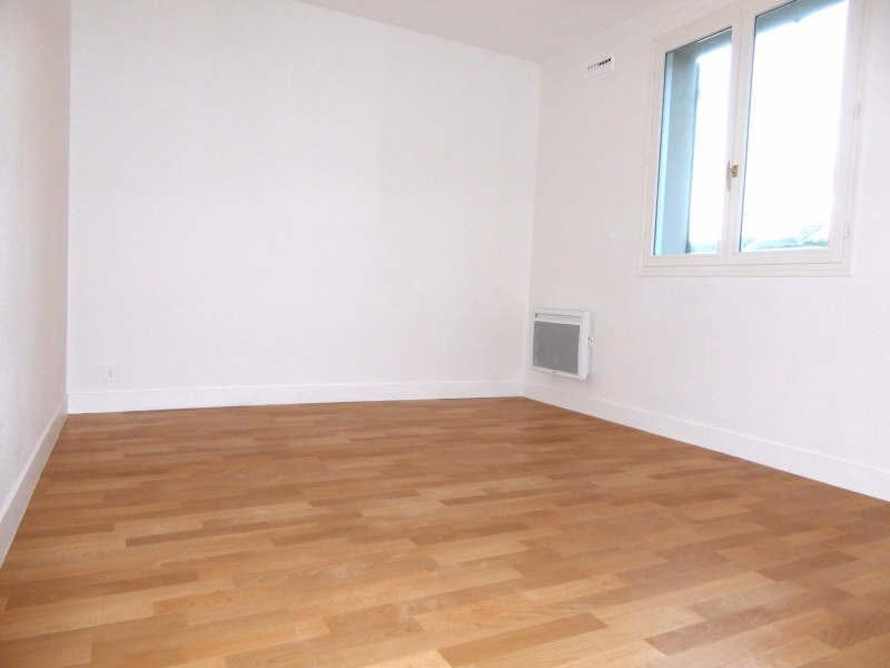 Rental apartment St forget 825€ CC - Picture 3