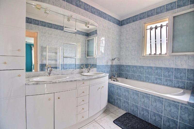 Vente maison / villa Nimes 347000€ - Photo 9