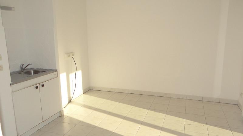 Sale apartment Cavalaire 99000€ - Picture 2