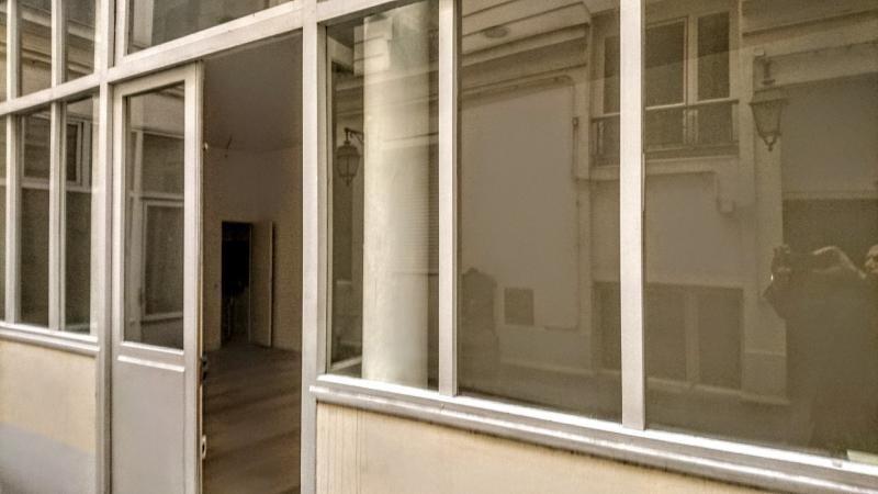Sale empty room/storage Paris 1er 420000€ - Picture 5