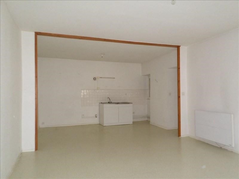 Sale apartment Bourg argental 60000€ - Picture 2
