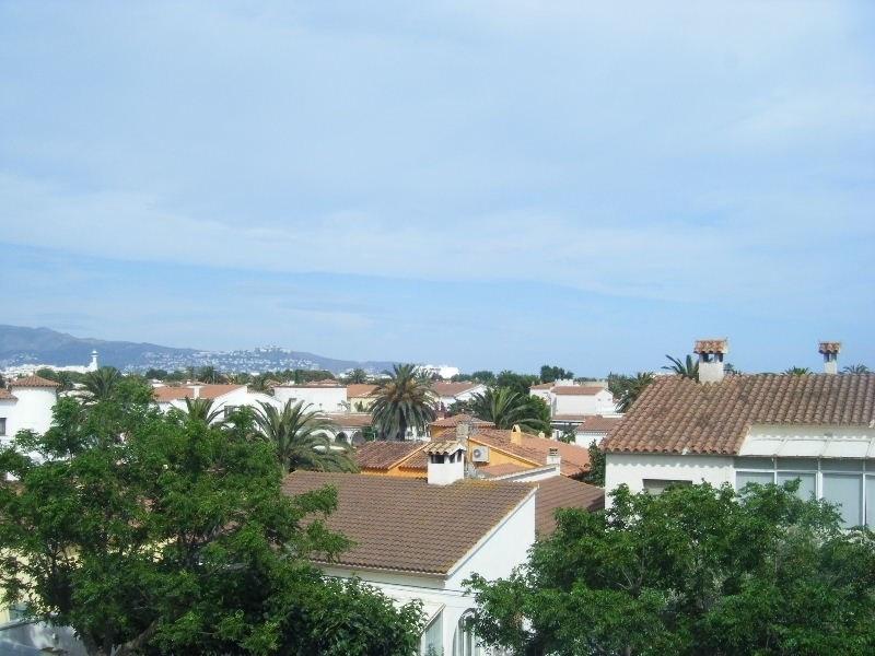 Location vacances appartement Empuriabrava 328€ - Photo 1