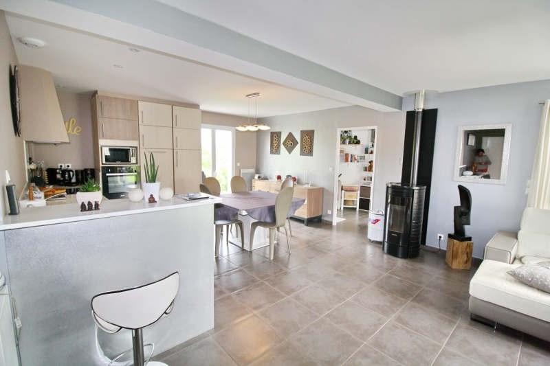 Deluxe sale house / villa Bassussarry 610000€ - Picture 2