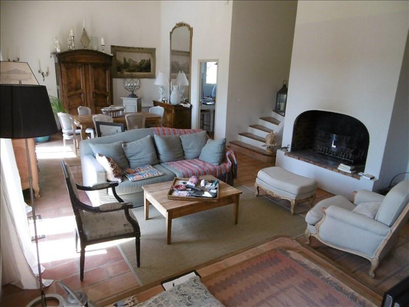 Vente maison / villa Robion 499000€ - Photo 3