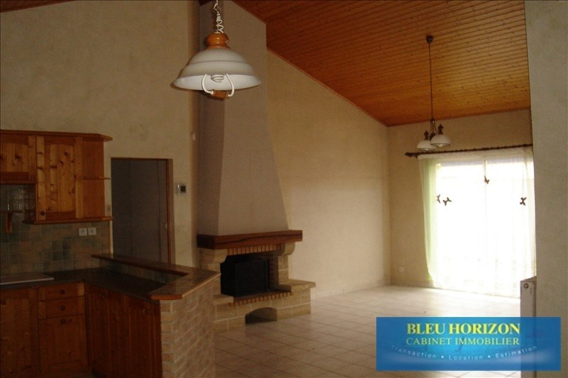 Rental house / villa Ste pazanne 725€ CC - Picture 7