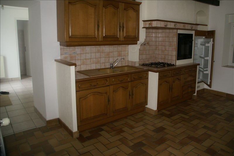 Location maison / villa Baye 580€ CC - Photo 3