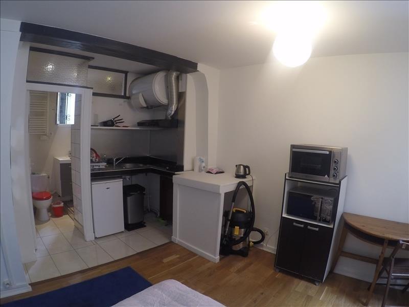 Sale apartment Paris 18ème 219000€ - Picture 2