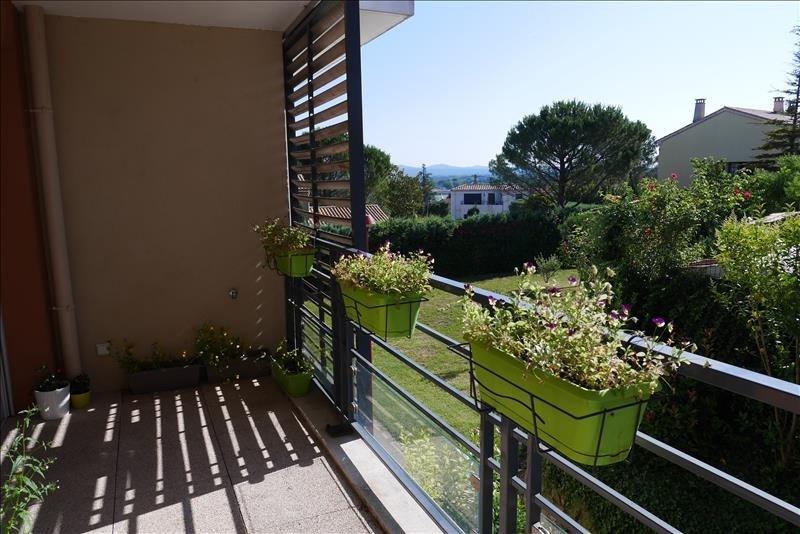 Sale apartment Trets 239900€ - Picture 2