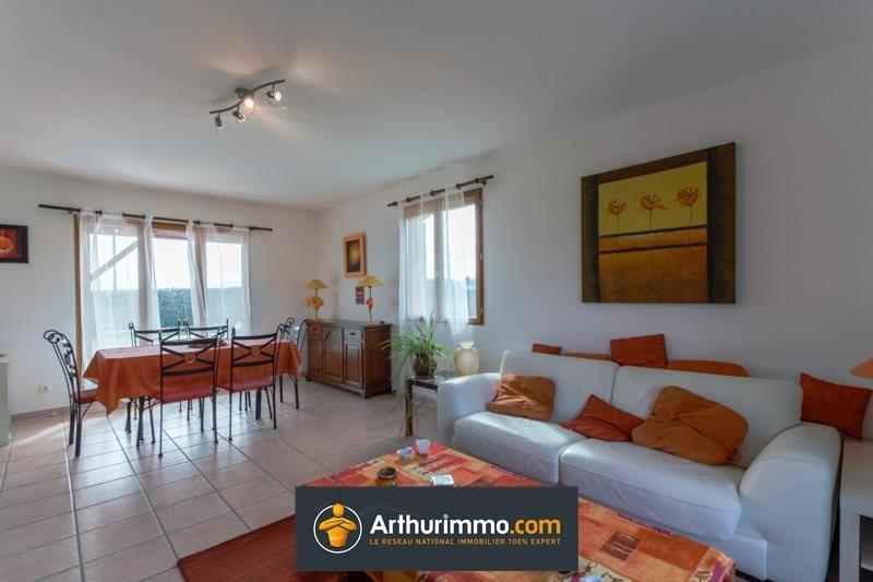 Sale house / villa Morestel 236500€ - Picture 3
