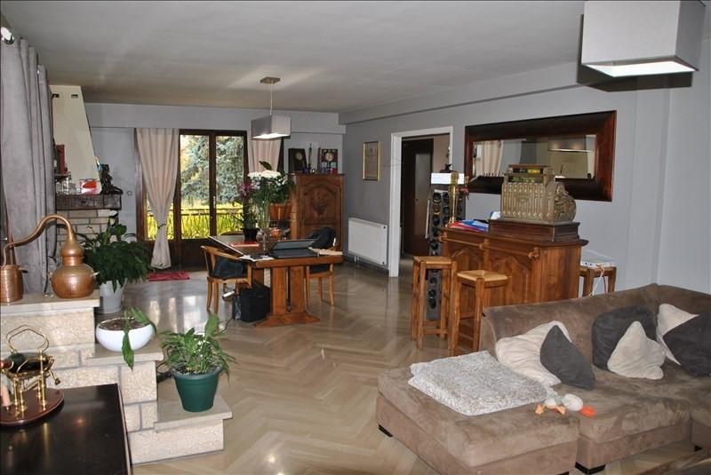 Sale house / villa Montereau fault yonne 328000€ - Picture 2