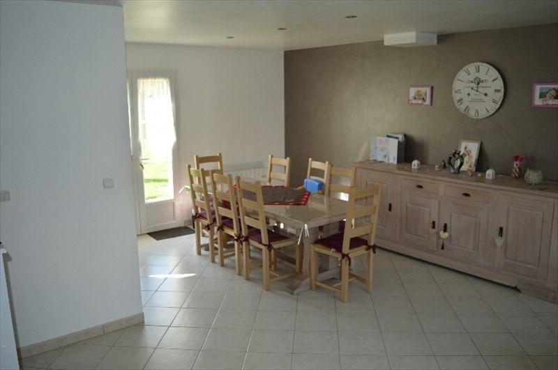 Sale house / villa Auneuil 203000€ - Picture 2